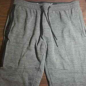 AE Active Flex XL gray light fleece jogger pants